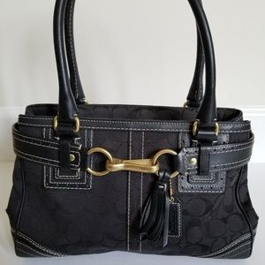 COACH Hampton Signature Black Jacquard Han…